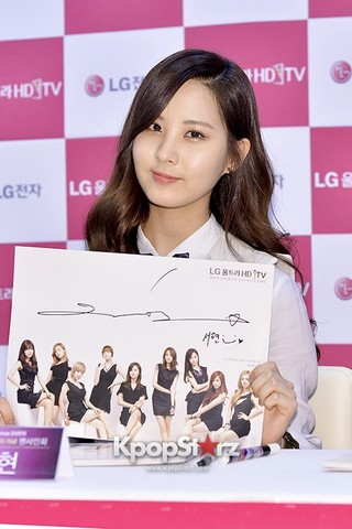 131112 LG Fansign Event by kpopstarz\120192-seohyun.jpg