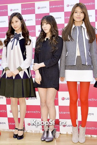 131112 LG Fansign Event by kpopstarz\120180-girls-generation-snsd.jpg