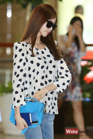 140706 Gimpo Airport to Japan\2ad352c84e3a30de50da27e621581379.jpg